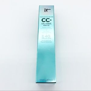 It Cosmetics CC+ Cream Oil-Free Matte Medium SPF